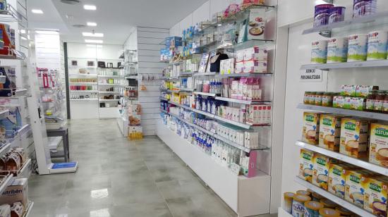 Fabricación mobiliario para Farmacia en Barcelona